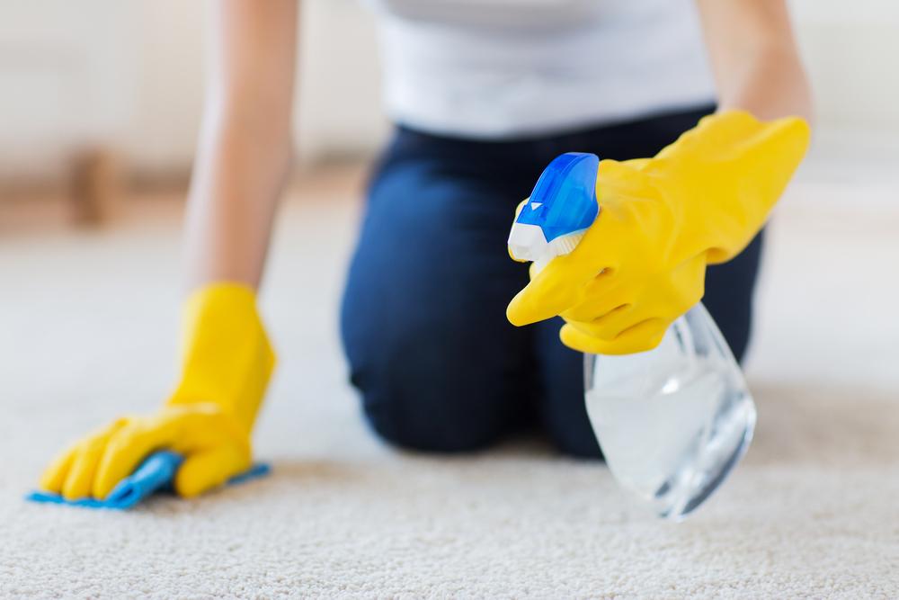 Como limpiar una alfombra en casa
